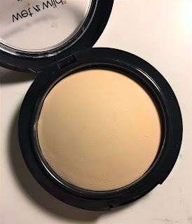 wet n wild photofocus pressed powder warm light
