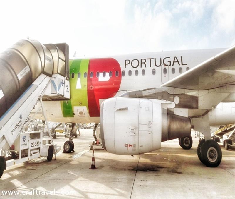 wycieczka z biurem podróży, podróż samolotem, portugalskie linie lotnicze
