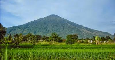 Pengertian, Bentuk, Ciri Gunung Api Strato (Stratovolcano)