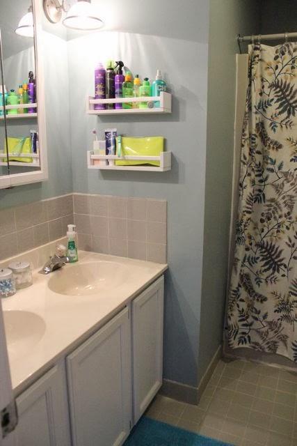 8 Best DIY Small Bathroom Storage Ideas That Will Blow You ... on Small Apartment Bathroom Storage Ideas  id=50691