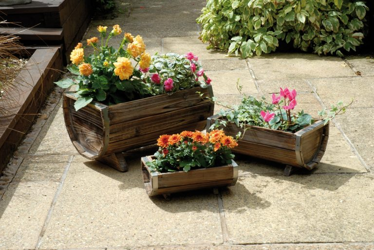 Dwell Of Decor: DIY Ideas About Patio Planters, You Will Love To See In  Your Yard