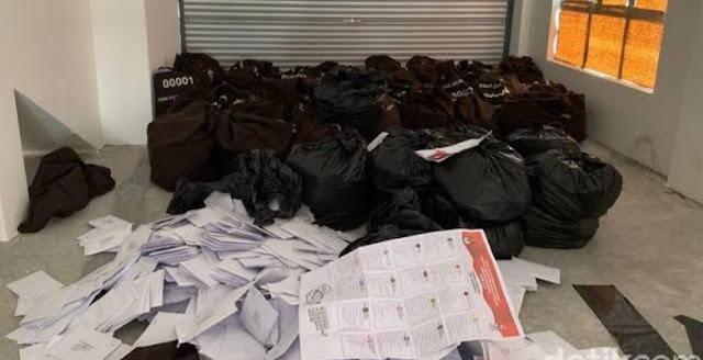KPU Heran Surat Suara Tercoblos di Malaysia Ada di Kantong Plastik