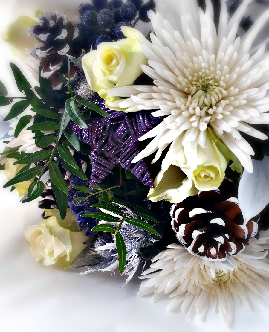 Christmas Bouquet, Prestige Flowers, The Noel Bouquet, The Style Guide Blog, Flowers