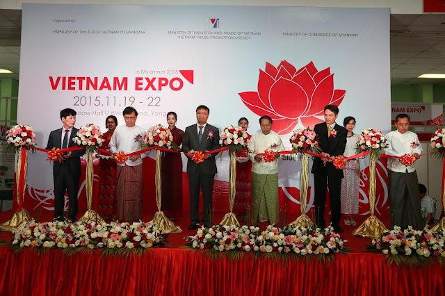 www.goldenmark.org - Cắt băng khai mạc Hội chợ hàng Việt Nam 2015 tại Myanmar