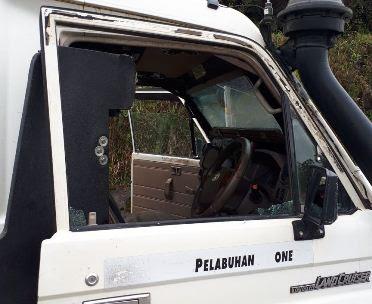 Penembakan Terjadi Lagi Di Mile 61,Sopir Mobil LWB Terluka Kena Serpihan Kaca