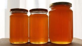 Δείτε για ποιο λόγο πρέπει να τρώμε μέλι με κανέλα κάθε πρωί – Θα πάθετε την πλάκα σας όταν δείτε τι καλό κάνει στην υγεία μας
