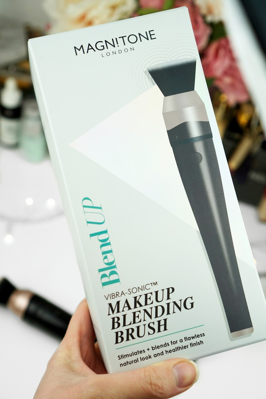 Magnitone_London_BlendUp_Makeup_Blending_Brush_Box