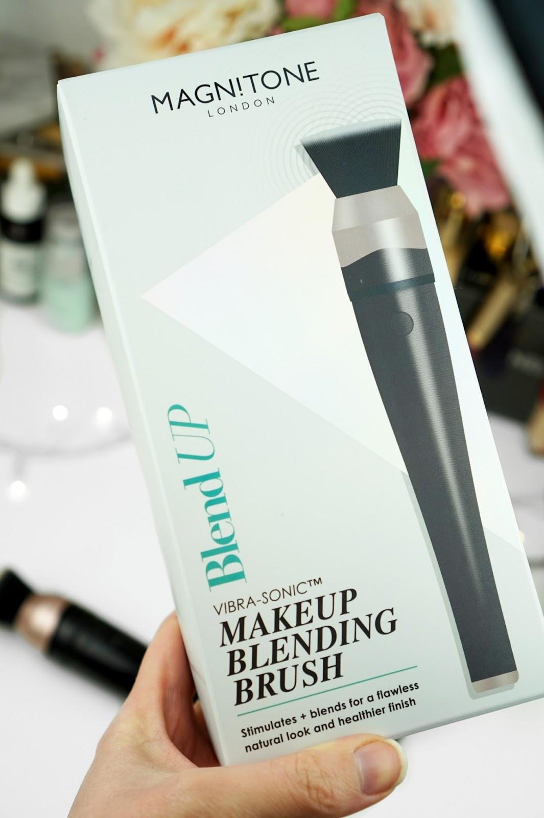 Magnitone_London_BlendUp_Makeup_Blending_Brush_Box