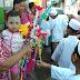 Semarak Muharram 1440 H ,Siswa Bagikan Permen Kebahagiaan