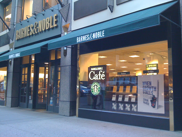 BARNES & NOBLE - 5TH AVENUE