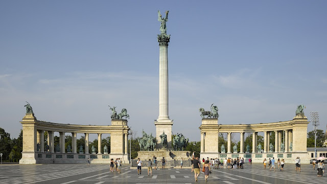 Praça dos Heróis, Budapeste