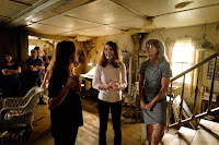 The Glass Castle Jeannette Walls and Brie Larson Set Photo 1 (5)