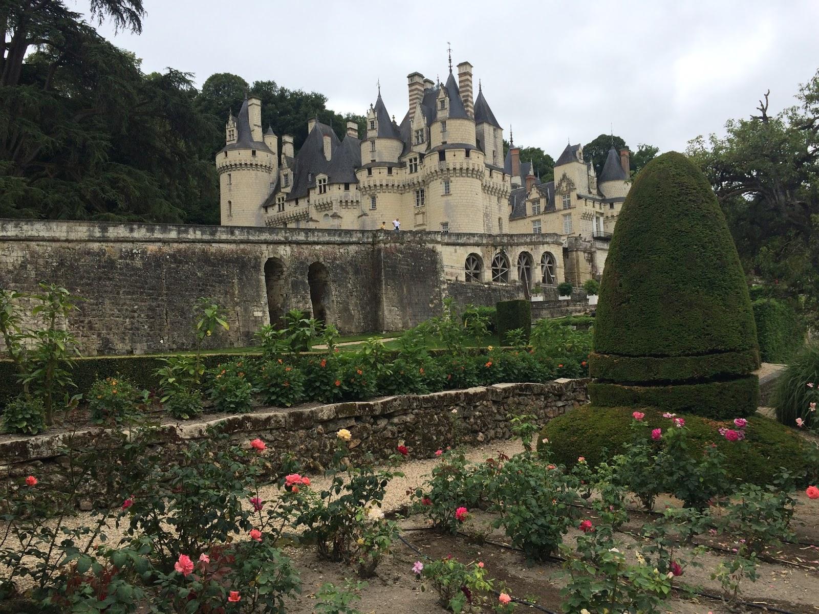 zamek w Usse, zamek śpącej królewny w Usse