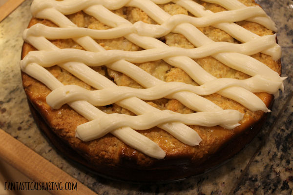 Cinnamon Roll Cheesecake #recipe #dessert #cheesecake #cinnamonroll