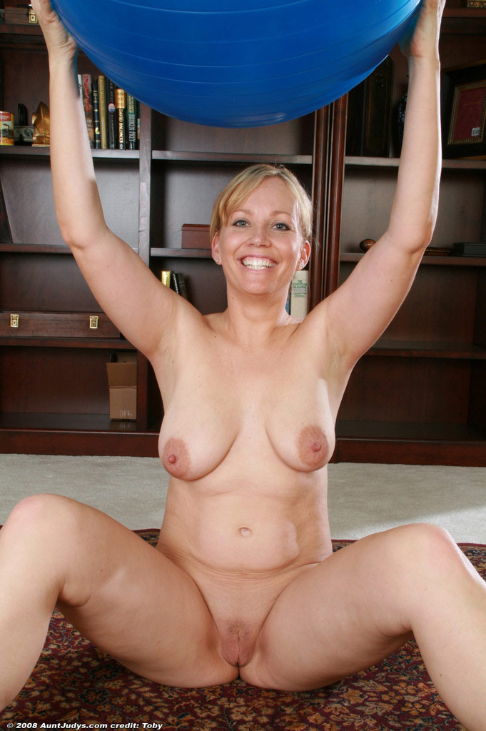 Naked Mature Forums