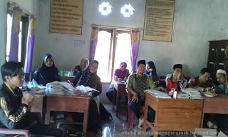 Rapat Mid Semester 1 tahun pelajaran 2017-2018