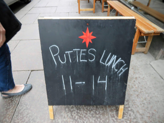 Sign outside Putte's Bar and Pizza in Helsinki, Finland