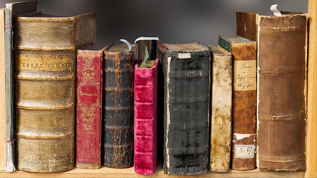 Image: Really Old Books, by Gerhard Gellinger on Pixabay