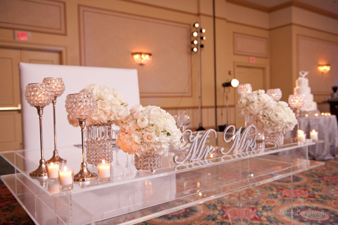 Sweetheart table ideas belle the magazine for Wedding table decorations ideas to make