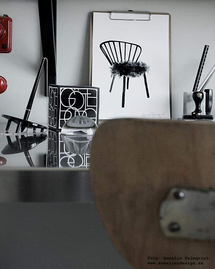 memoblock, städer, stad, göteborg, goteborgs stad, staden, annelies design, webbutik, webbutiker, webshop, inredning, arbetsrum, arbetsrummet, home office, hemmakontor, hemmakontoret, poster, posters, print, prints, konsttryck, karmstol, svart och vitt, svartvit, svartvita, tavla, tavlor, ikea, skrivbord, bänkskiva på bockar, vintage skrivbordsstol, stol, butik varberg, varbergs,