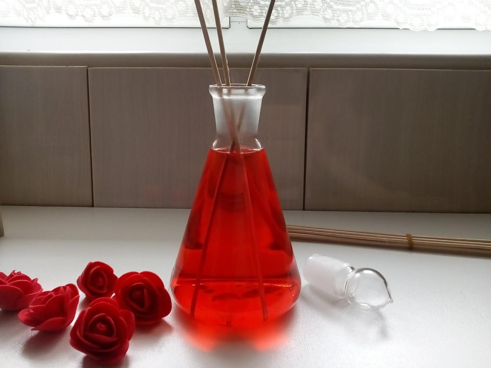 Dyfuzor zapachowy - pachnący dodatek do naszego pomieszczenia