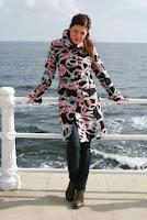 Palton negru cu roz din lana SR072PT (Ama Fashion)