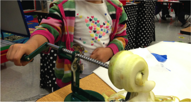 apples week, kindergarten apple unit, crockpot applesauce