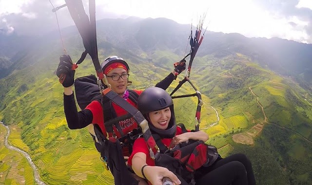 Beautiful places to play paragliding in Vietnam 4
