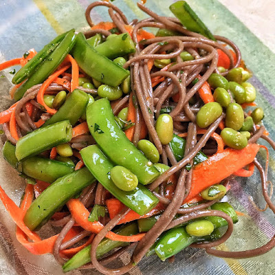 vegetarian meal, soba noodles, Sugar Snap Pea and Carrot Soba noodles, healthy lunch, healthy dinner, clean eating recipes, recipe thursday