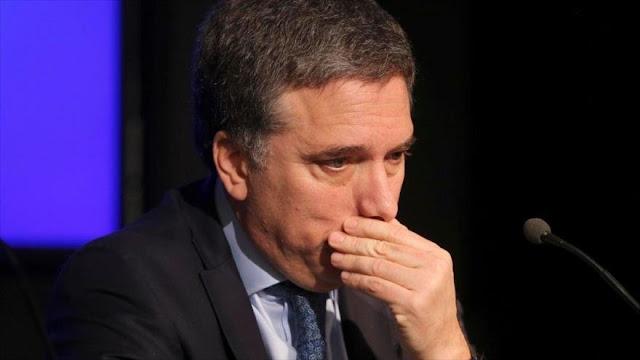 Gobierno de Macri admite que Argentina va a seguir en recesión