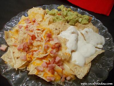 Nachos con salsas (A mi manera)
