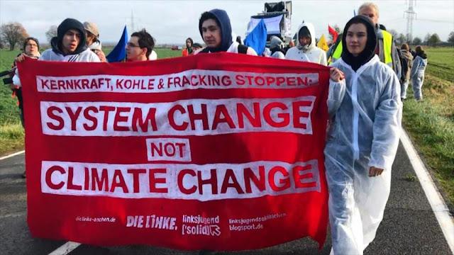 Alemanes denuncian impacto en clima de combustibles fósiles