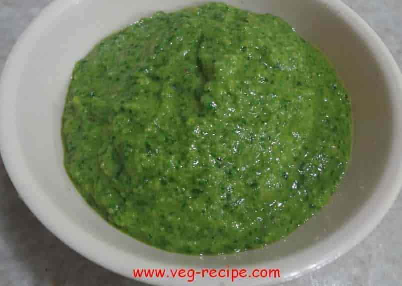 Coriander Chutney | Cilantro Chutney | Green Dhaniya Mint Chutney Recipe