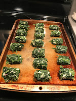 These ain't your mama's tater tots...try these delicious spinach tots for a low carb and tasty veggie packed snack that the whole family will devour!