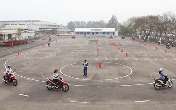 Mẹo thi bằng lái xe máy (A1) update mới nhất