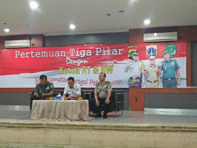 Tiga Pilar Kecamatan Gropet Adakan Pertemuan RW, RT dan Tomas