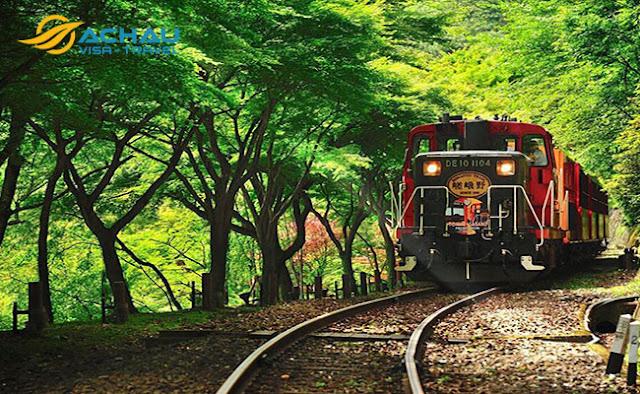 Điểm danh 3 đường tàu đẹp nhất để ngắm cảnh khi du lịch Nhật Bản2