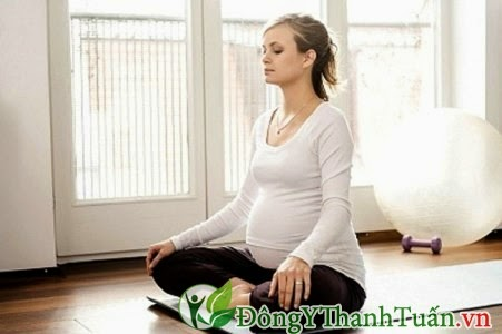 Cách chữa mất ngủ ở bà bầu - Tập yoga