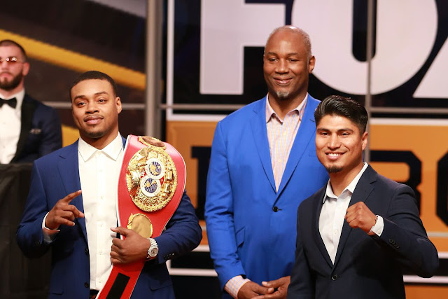 Errol Spence : Mikey Garcia photo