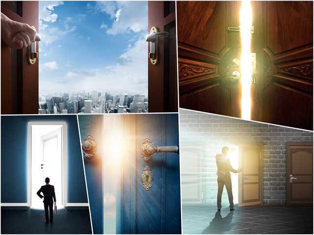 تحميل 5 صور لأبواب مفتوحة بجودة عالية