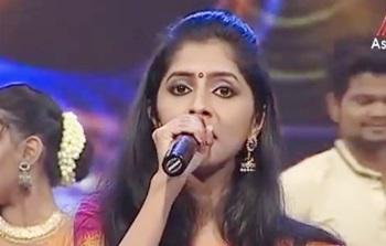 Partha Mudhal Naale Song from Vettaiyaadu Vilaiyaadu