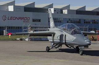 Jet Latih M345HET