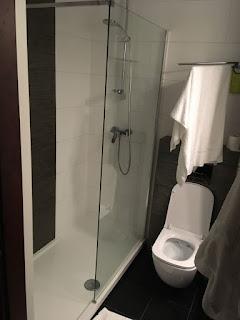 Hotel 500, Zegrze, łazienka