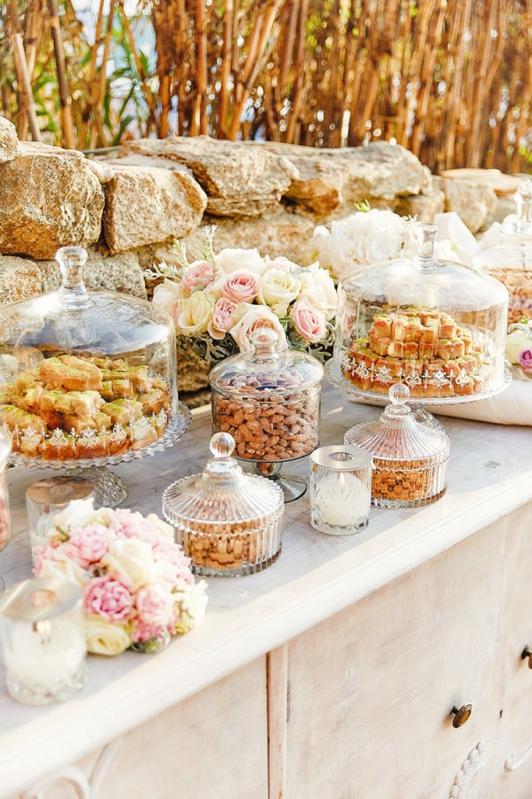 La sencillez de una boda en Mykonos chicanddeco