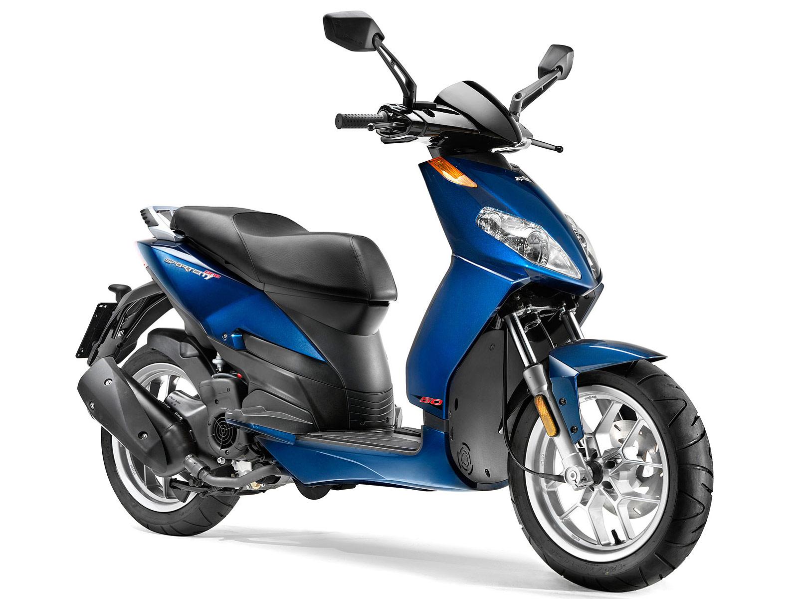Mopeds: 2011 Aprilia Sportcity 50 Scooter Picture