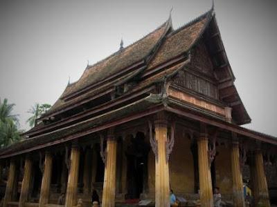 Objek wisata Wat Sisaket