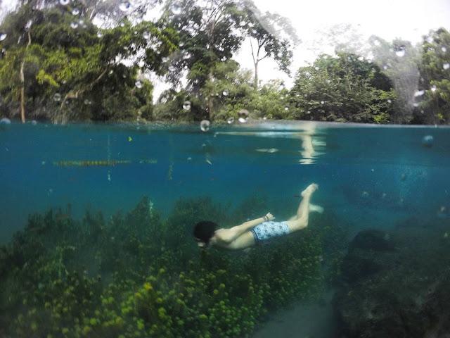 foto snorkeling di sumber sirah
