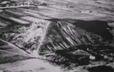 Una de las pirámides del lago Fuxian