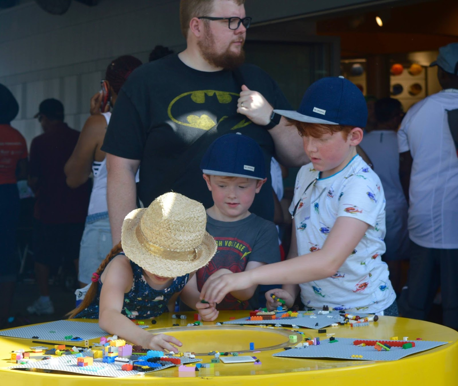 11 Things to do with Kids at Disney Springs Orlando, Florida  - LEGO store building