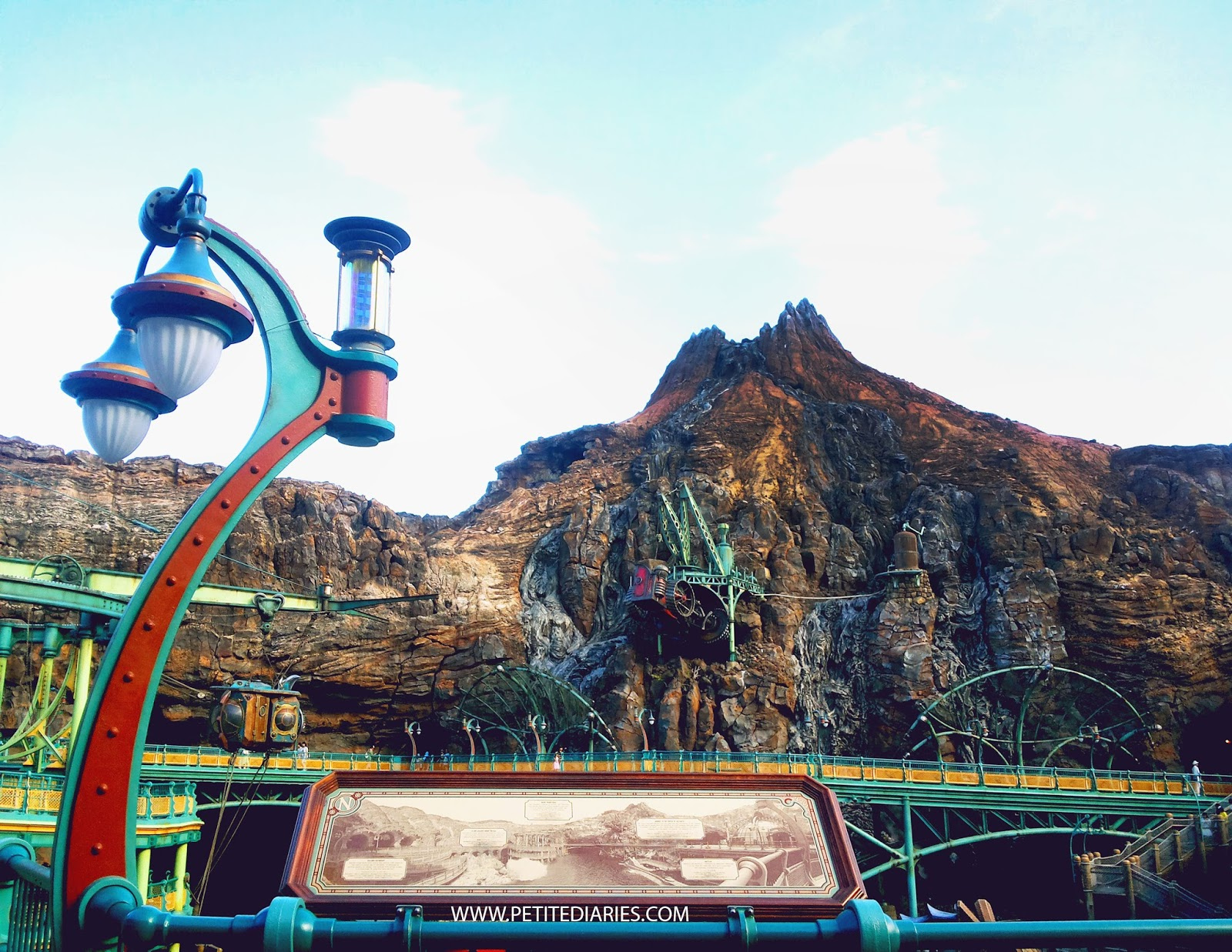 disneysea tokyo journey to the center of earth